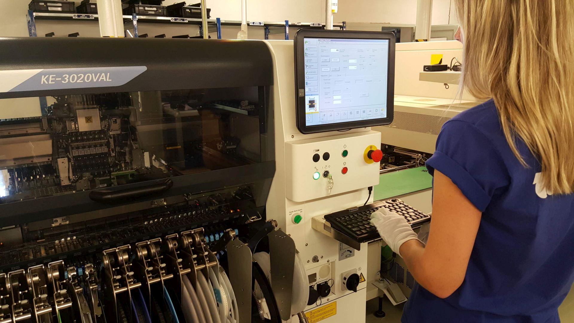 SMT machine JUKI KE-3020VAL
